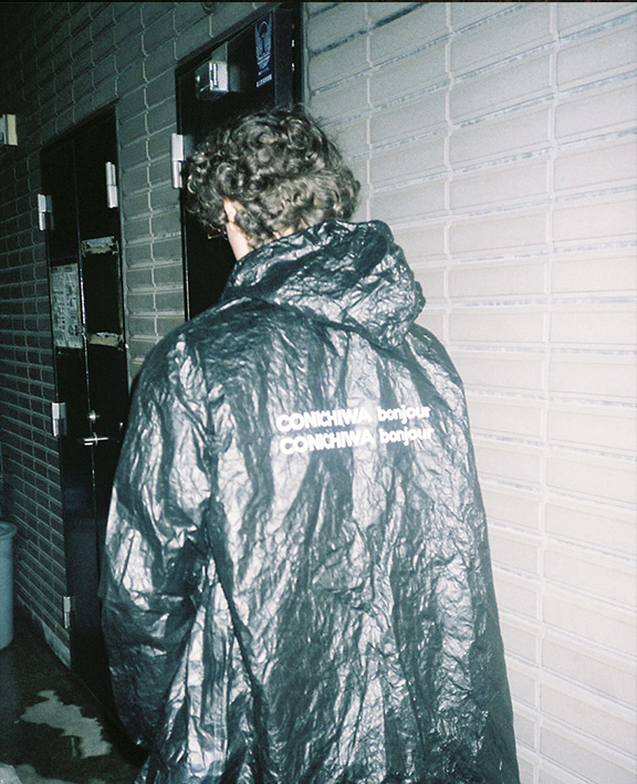 TYVEK RAINCOAT (BLACK)
