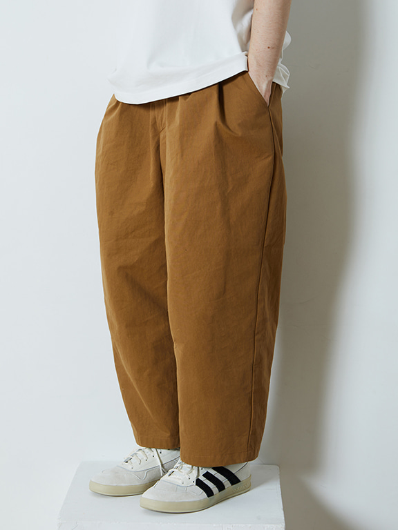 WIDE CHINO PANTS(LIGHT BROWN)